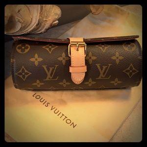 Gorgeous Louis Vuitton monogram watch case.